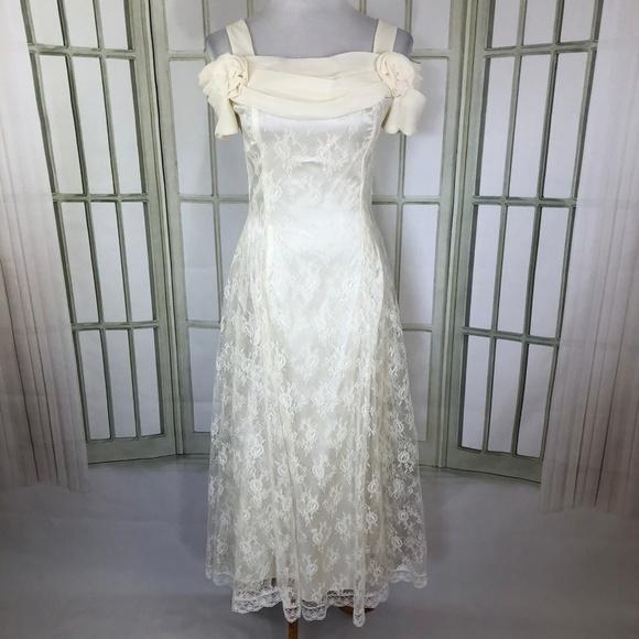 Scott McClintock Ivory Lace Long Wedding Dress
